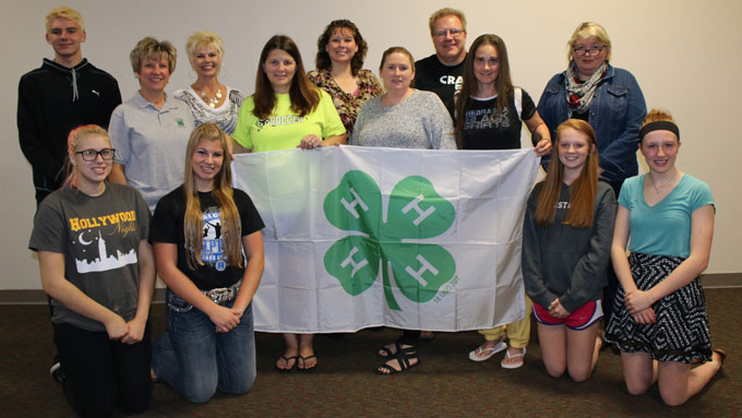 4-H Council Members Working at a Fundraiser for 4-H
