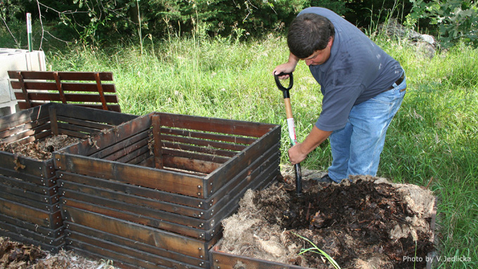 Compost Programs Begin Soon in Lincoln
