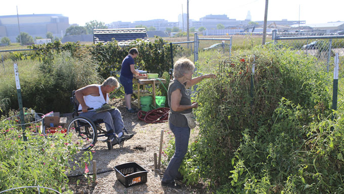 People's City Mission Garden and Nebraska Extension Master Gardeners