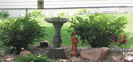 Bird baths can be different shapes and sizes